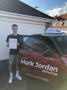 driving instructors in Coalville Dan passed first time